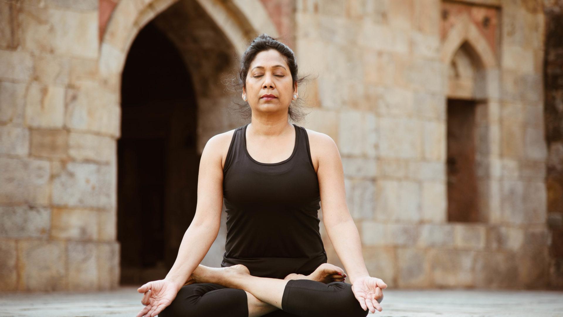 """Cours de Yoga """"Pranayama, asanas, musique et cuisine yogique"""" - 17 août 2019 à 9h30 - Gratuit"""