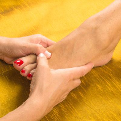 Réflexologie plantaire à Genève: quels sont les bienfaits de ce massage?