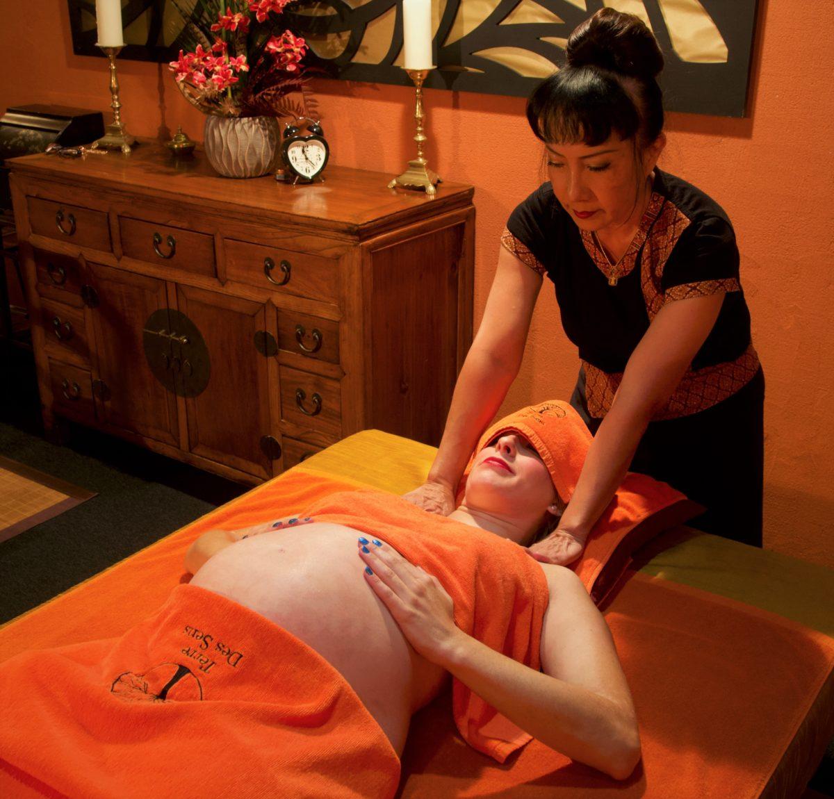 Massage thérapeutique femme enceinte