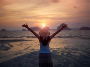Soirée Yoga Féminité – Mardi 22 septembre et Vendredi 25 septembre de 19h30 à 22h30